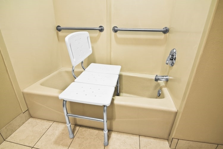 Best Bath Chair For Elderly Restore Your Dignity And Independence 2021 The Home Guide